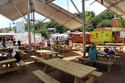 New Food Trailer Court Is Ready To Picnic Barton Springs