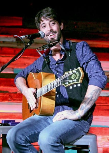 Ryan Bingham Packs Holy Mountain