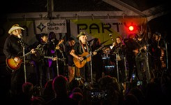 SXSW Music Live: Willie Nelson and Avett Brothers Fête Ray Benson