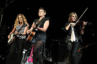 Making nice: Dixie Chicks at the Erwin Center, Oct. 17