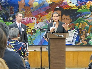 IDEA CEO Tom Torkelson with Superintendent Meria Carstarphen at a presentation at Martin Middle School
