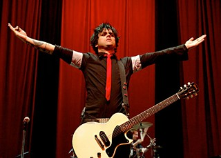 Maybellene, Why Can't You Be True: Mascara man Billie Joe Armstrong of Green Day