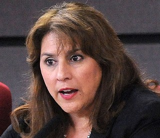 Another big AISD exit: Trustee Lori Moya will not run again