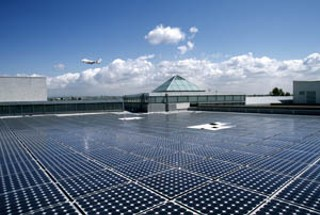 Neutrogena Corporation's 62,000-square-foot, 546-