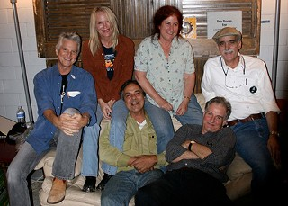 Texas chic: (l-r) Stephen Bruton, Cindy Cashdollar, Johnny Nicholas, Suzy Thompson, Geoff Muldaur, and Jim Kweskin, Wire Studio, Austin, 2008