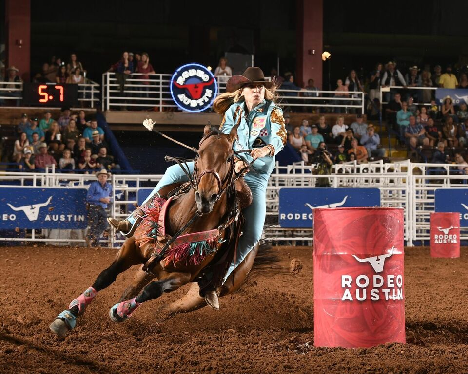Rodeo Austin Your Guide To All The Bands Barrel Racing