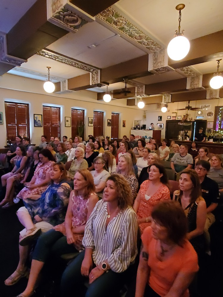 Choir at the Cactus Helps Shy Singers Find Their Voice