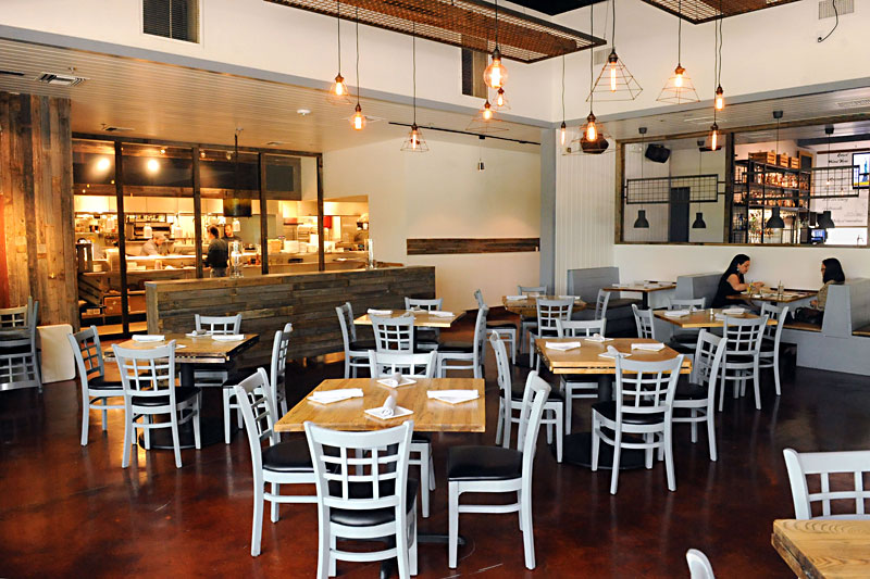 Restaurant Review Oasthouse Kitchen Bar Food The Austin Chronicle