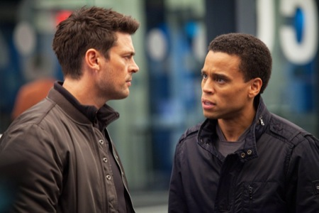 Karl Urban (l) and Michael Ealy as Kennex and Dorian in Almost Human