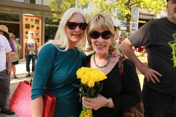 Texas Blonds: (l-r) Moffat & Moser at the Plaza dedication, May 15, 2014.