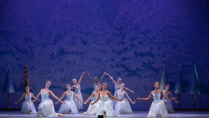 Review Ballet Austin S The Nutcracker Arts The Austin Chronicle