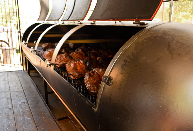 La Barbecue Turns Up The Heat With Secret Pit Technology Is This