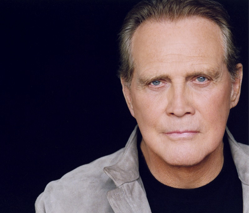 Lee Majors Cant Stop The Six Million Dollar Man Visits Wizard World Screens The Austin Chronicle