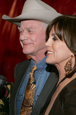 Larry Hagman with Linda Gray at the 2009 Texas Film Hall of Fame