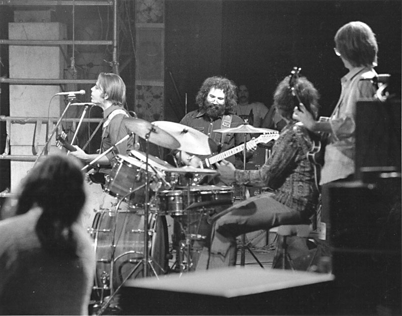 Speaking of the Dead: An oral history of the Grateful Dead in ...