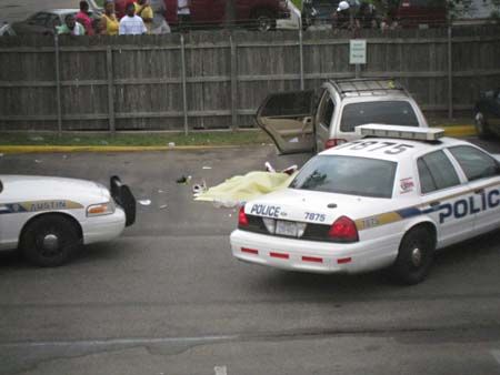 The Scene Of The May 2009 Police Shooting Of Nathaniel Sanders II In The  Parking Lot