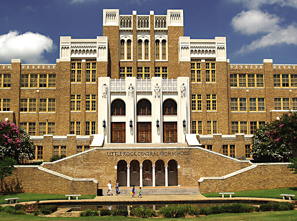 little rock central high school Gloria ray, jefferson thomas, and carlotta walls—attempted to integrate  central high school in little rock, arkansas the students, known as the little  rock.