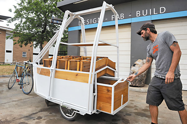 HOPE Rolls Out Bike-Powered Farm Stand: Farmers market takes its act