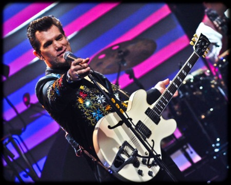 Beyond the Sun: Chris Isaak's Epic Moody Theater Taping