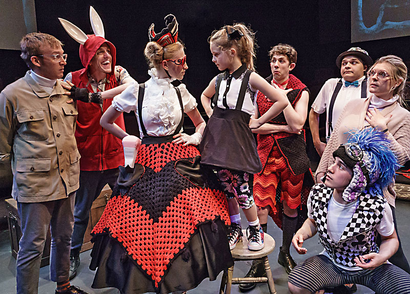 Review Underbelly S Alice In Wonderland Arts The Austin Chronicle