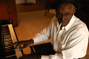 Pinetop Perkins, c.2005. The blues legend passed away today, aged 97, of a suspected cardiac arrest