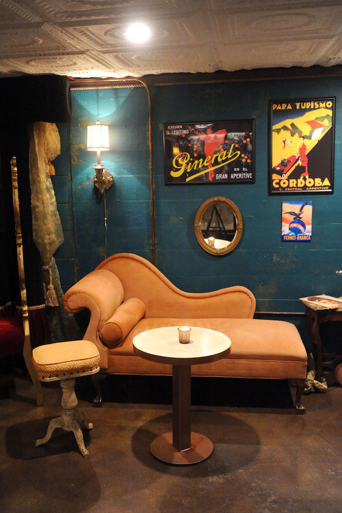 Uncovering the Mysteries of Austin's Speakeasies and Secret