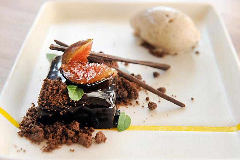 Restaurant review: bullfight food the austin chronicle