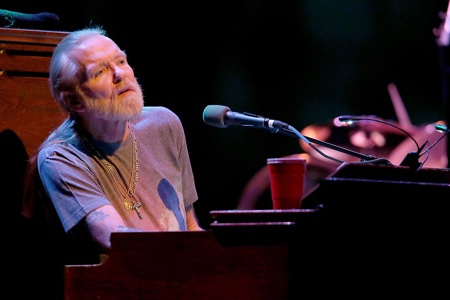 Gregg Allman leans into the Moody Theater, 1.2.13