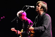 Son Volt's Surprise Show Stays Secret