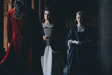 Revew: The Favourite