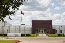 ICE Quietly Renews 10-Year Contract With T. Don Hutto Detention Center