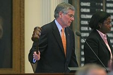 Pitts Pulls Out, Craddick to Keep the Speaker's Chair