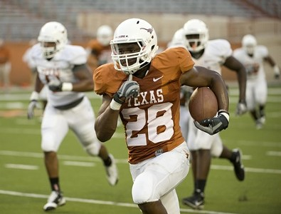 Horns Look To Declaw Cougars