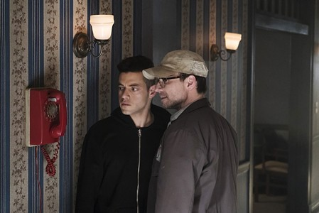 I Like to Watch: Plugging Into Season 2 of Mr. Robot