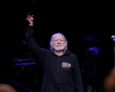 Willie Nelson's 69 Minutes