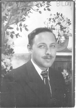 Undated photo of Tennessee Williams in Biloxi, Miss.