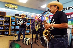 Give them a HAAM: Los Texas Wranglers at Discount Electronics