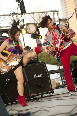 FFFF Live Review: Deerhoof