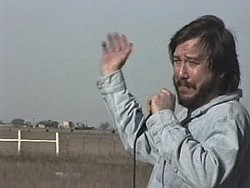 Bill Hicks at the Branch Davidian Compound, Waco<br>