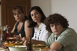 <i>Tres dies amb la fam&iacute;lia (Three Days With the Family)</i>