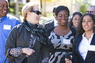 Streep chats up MFA Acting students Mykal Monroe (r) and Nickclette Izuegbu