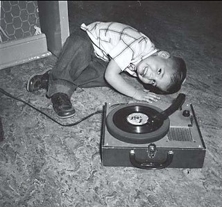 Maddox demonstrated his love for music at an early age.