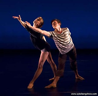 <i>Strange Shadows</i> dancers Emily McLaughlin and Michael Burfield