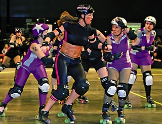 Rollergirls Vie for Playoff Seeding