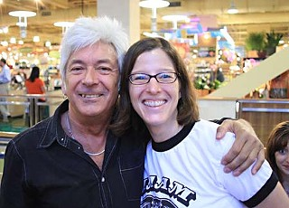 Ian McLagan and HAAM Executive Director Caroyln Schwarz