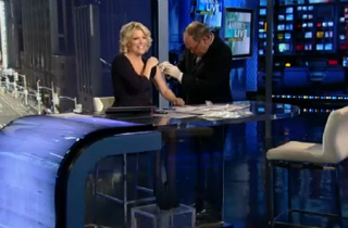 Megyn Kelly inoculates herself against aggressive gayness.