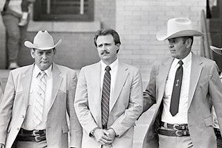 Michael Morton (c) leaves the Williamson County Courthouse in 1987.