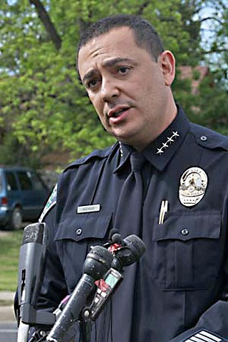 Chief Art Acevedo supports background checks