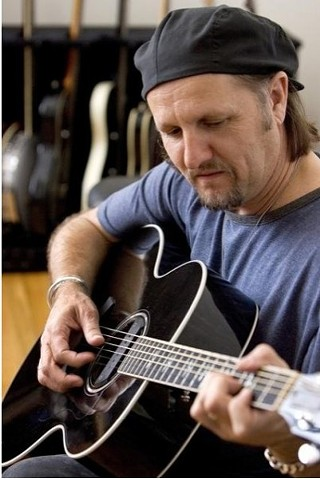 Jimmy LaFave kicks off Unplugged at the Grove, 5.9.13