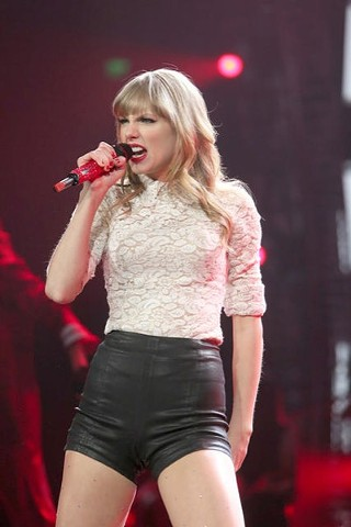Taylor Swift at the Frank Erwin Center, 5.21.13